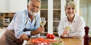 Употребление алкоголя иногда может рассматриваться как вынужденное самолечение