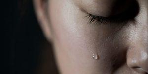 Что происходит с организмом, когда мы плачем? Удивительные факты