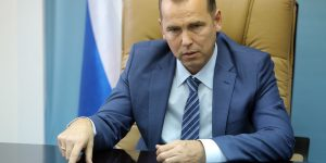 Курганские чиновники в ужасе от стиля работы Шумкова. «В семьях требуют увольняться»