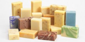 Щелочное мыло: состав, свойства, применение