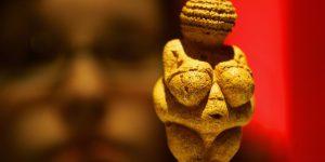 Идеалы женской красоты в разные эпохи