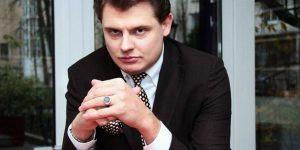 Знаменитый публицист и сценарист Евгений Понасенков