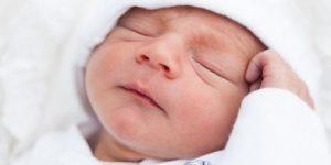 Младенец плохо спит ночью: что делать, причины, методы коррекции сна, советы педиатров