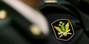 Против судебных приставов подали иск на 100 трлн рублей