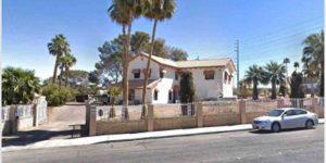 На продажу выставлен дом за $15 млн: снаружи — простой таунхаус, но под землей кроется бункер класса «Люкс»