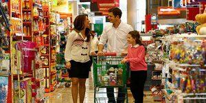 Клиенты ушли в отказ: число покупок в магазинах рухнуло